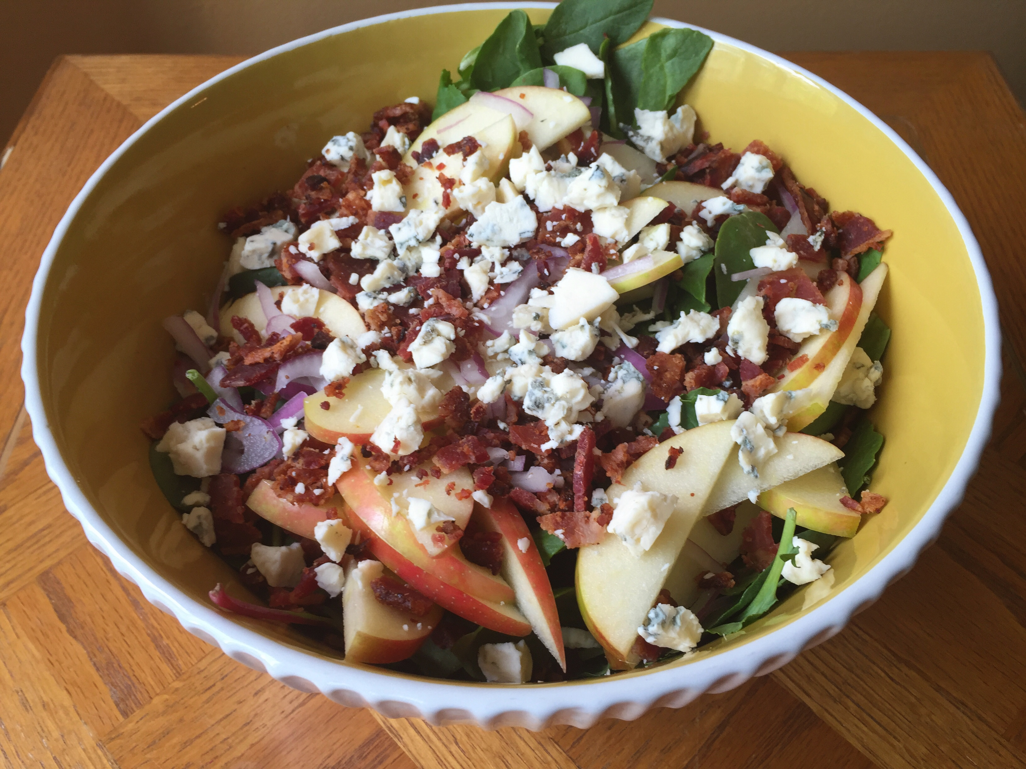 Spinach Apple Salad with Maple Vinaigrette